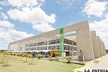 Vista exterior de la Biblioteca del Parque Villa Lobos, en Sao Paulo (Brasil) /eldia.com.bo