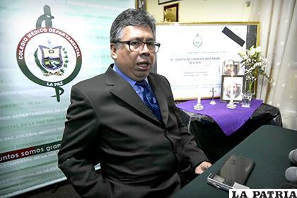 El presidente del colegio Médico de La Paz, Luis Larrea, pidió que se deje de hacer política con la salud /APG