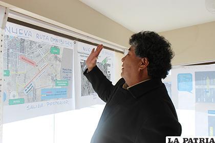 El gerente de la Estación de Autobuses Oruro, explicó sobre la nueva ruta /LA PATRIA