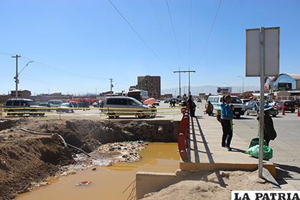 Malos olores generan las aguas residuales del canal Tagarete /LA PATRIA