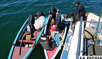 Las tareas de rescate están a cargo de la Armada Boliviana /El Comercio