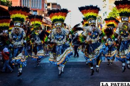 Los Tobas de la Central, uno de los conjuntos representativos del Carnaval  /T. CENTRAL