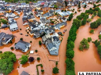 En el municipio alemán de Kordel, una gran inundación invade una aldea /GETTY IMAGES