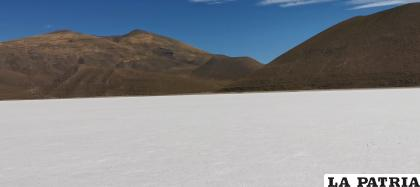 El salar de Thunupa está en el departamento de Oruro /LA PATRIA