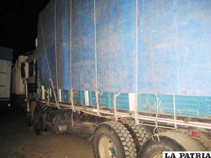 Uno de los camiones incautados por el COA la noche del miércoles