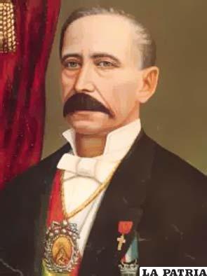 21. GREGORIO PACHECO LEYES  Nació el 4 de julio de 1823 en Libi Libi, departamento de Potosí, y falleció en Tarasi- Potosí el 20 de agosto de 1899. Gobernó Bolivia desde el 4 de septiembre de 1884, electo constitucionalmente y transmitió el mando el 15 de agosto de 1888. En su gobierno modernizó al país con la llegada de la energía eléctrica y el telégrafo; pagó de sus bienes particulares una deuda al Perú; el 13 de julio fundó Puerto Pacheco, actualmente territorio Paraguayo; construyó con bienes propios el Manicomio de Sucre y lo donó a la Nación; inauguró el primer servicio de internacional telegráfico de La Paz a Lima, dispuso una expedición al Chaco para sentar soberanía.