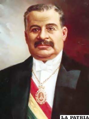 27. ELIODORO VILLAZÓN MONTAÑO  Nació en Sacaba el 22 de enero de 1848 y murió en Cochabamba el 12 de septiembre de 1939. Fue electo constitucionalmente el 12 de agosto de 1909 y gobernó hasta el 14 de agosto de 1913, cuando transmitió el mando. Su gobierno fue el de mayor bonanza en la historia de la República al incrementar el rubro de las exportaciones que le permitió desarrollar una gestión de moderación en la que además se solucionaron problemas limítrofes con Argentina, implantó el matrimonio civil; el empresario minero Simón Iturri Patiño construyó el ferrocarril Machacamarca-Uncía; se organizó el Partido Republicano, convirtiéndose en el opositor a los liberales.