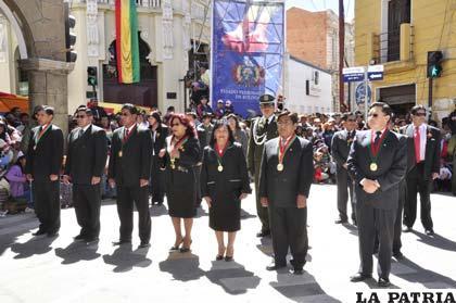 patriótico del pueblo se puso de manifiesto en el Día de Bolivia
