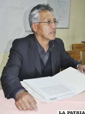 Ricardo Rocha, explica los fundamentos de su investigación