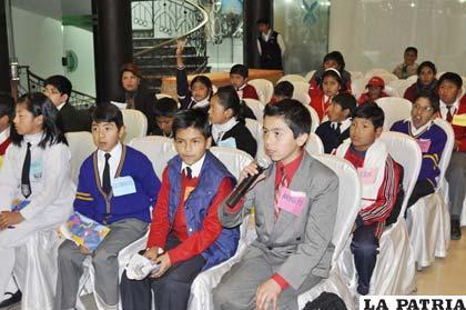 Niños dieron a conocer sus inquietudes en relación al proceso autonómico