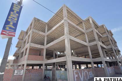 Construcción del edificio del Organismo Operativo de Tránsito paralizado por más de una década