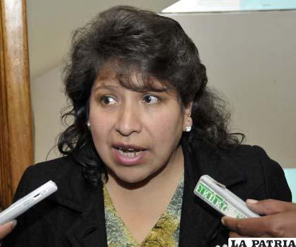 Dina Chuquimia, dio a conocer el cronograma que se ejecutará para la elección de gobernador en Beni /ABI