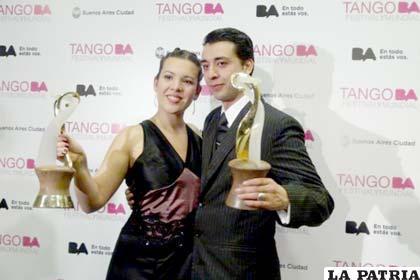 Los flamantes campeones mundiales de tango