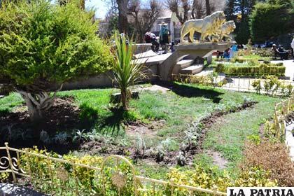 """La Plaza de Armas, justo en el kilómetro """"0"""" de la ciudad de Oruro"""