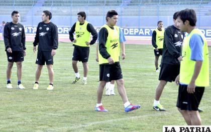 """El equipo """"santo"""" está listo para el debut en el Apertura"""