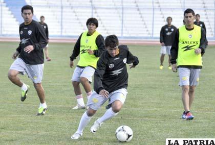 Marcelo Gomes en el entrenamiento de San José