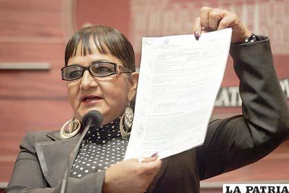 La senadora opositora, Carmen Eva González, se refirió a las declaraciones de Boris Villegas