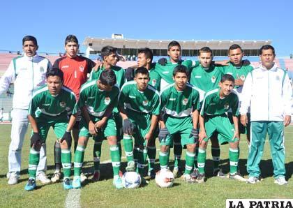 Integrantes de la selección de Pando, clasificada a la semifinal del Sub-15