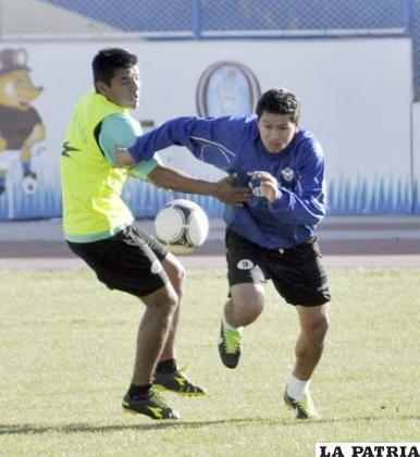 Carlos Saucedo en el entrenamiento de ayer
