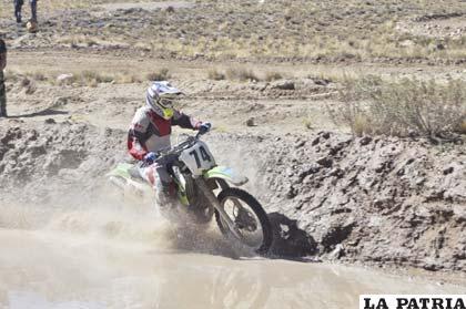 La competencia de motociclismo se suspendió por una semana