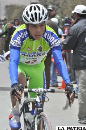 Israel Socompi, ciclista orureño