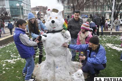 La nevada de este fin de semana también sirvió para divertirse en familia