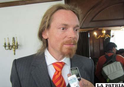 Ministro consejero de la embajada alemana en Bolivia, Manuel Müller
