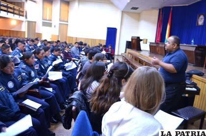 La Magia de la Fundación Schola Cantorum de Venezuela llegó a Bolivia con fuerza