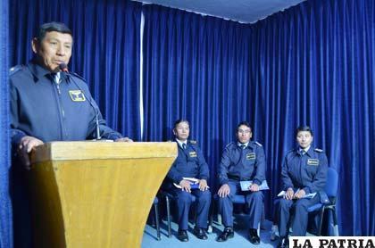Durante la conferencia de prensa de la Escuela Militar de Música