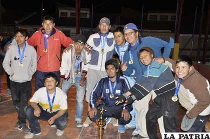 El equipo masculino de Oruro Handball