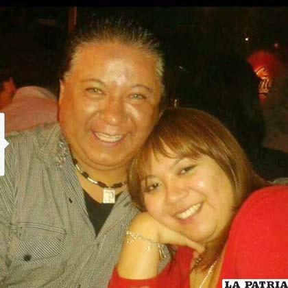 El ahora extinto Juan Carlos Aranda con su hija