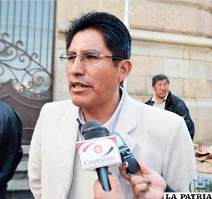 El gobernador Félix Patzi asegura que las autonomías son negativas para los departamentos /gobernacionlapaz.gob.bo