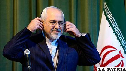 Presidente de Ecuador recibe a canciller de Irán