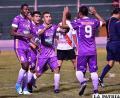 Yecerotte celebra con sus compañeros, fue autor del único gol del partido /APG