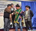 Comunarios son beneficiados con la entrega de mil bolivianos /Gad-Oru