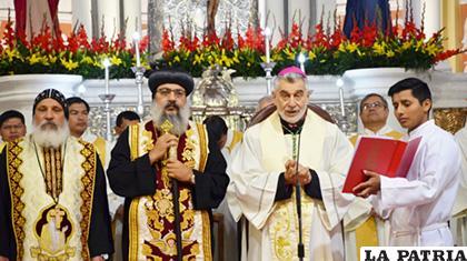 Arzobispo de Santa Cruz, Sergio Gualberti durante la homilía por el 6 de agosto /campanas.iglesiasantacruz.org