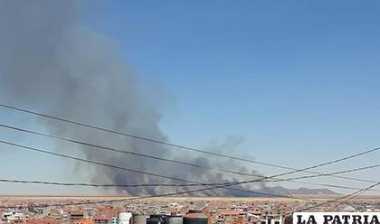 Nuevamente la humareda se notó desde la ciudad /RRSS