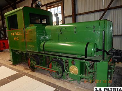 Una de las primeras locomotoras que llegaron a Bolivia, otra de las reliquias que exhibe el Museo