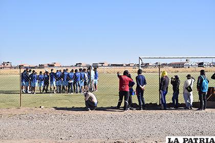 Los jugadores se presentarán esta tarde en el lugar de entrenamiento /LA PATRIA /Reynaldo Bellota