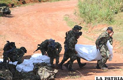 Traslado del soldado muerto por militares colombianos /hoy diario magdalena