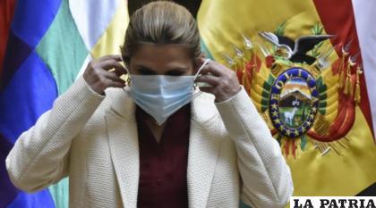 La Presidente Jeanine Áñez contrajo el virus pero ya se recuperó /brujuladigital.net