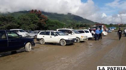 La molestia de los dueños de vehículos indocumentados derivará en movilizaciones /ARCHIVO