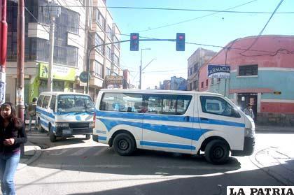 El bloqueo de minibuses se hizo notar en la ciudad