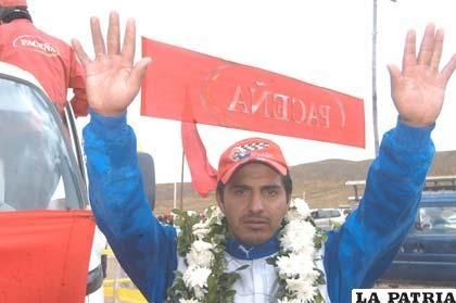 Miguel Flores piloto orureño ganador en la N-2