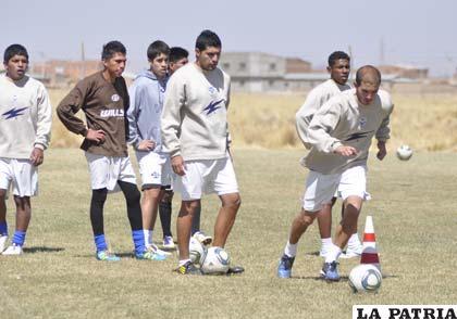 Rodrigo Gómez reaparecerá en el primer equipo de San José