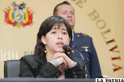 Chacón critica el nombramiento de embajador a Llorenti (Foto archivo)