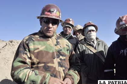 Orlando Gutiérrez dirigente de los mineros