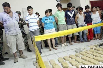 Narcotraficantes detenidos por llevar 300 kilos de droga en un camión /APG
