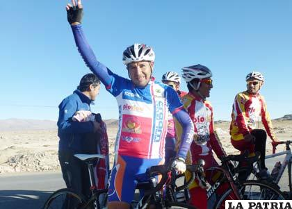Juan Carlos Céspedes ganador de la prueba de ayer