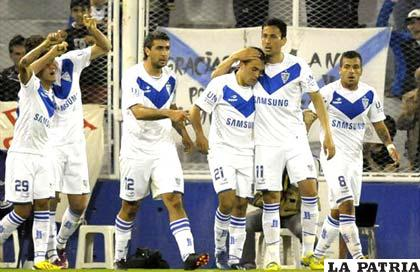 Vélez Sarsfield tendrá como rival a La Equidad de Colombia